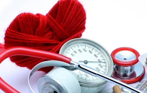 Ipertensione, si può combattere con la luce blu